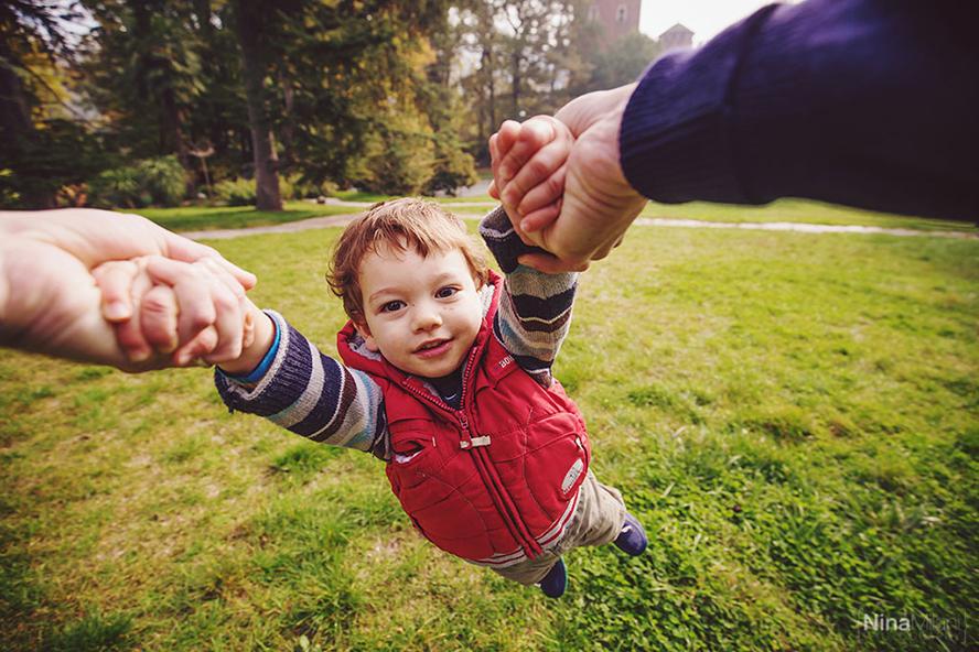 fotografo ritratti famiglia bambini torino nina milani parco valentino fotografie (15)