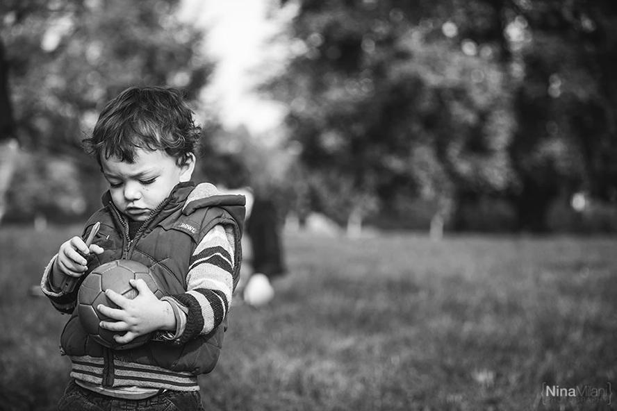 fotografo ritratti famiglia bambini torino nina milani parco valentino fotografie (7)